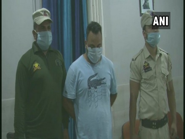 Man held for impersonating policeman in J-K's Doda. Photo/ANI