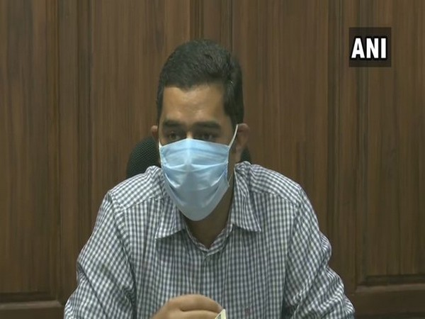 Srinagar District Magistrate, Shahid Choudhary during press conference on Sunday. Photo/ANI