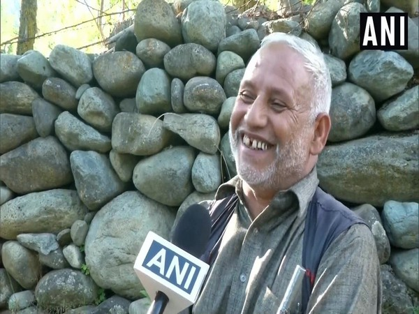 A local speaking to ANI in Tral town of Jammu and Kashmir on Thursday. (Photo/ANI)