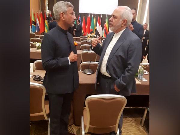 External Affairs Minister S Jaishankar alongside his Iranian counterpart Mohammad Javad Zarif in Azerbaijan on Wednesday (Source: Twitter handle of External Affairs Minister of India)