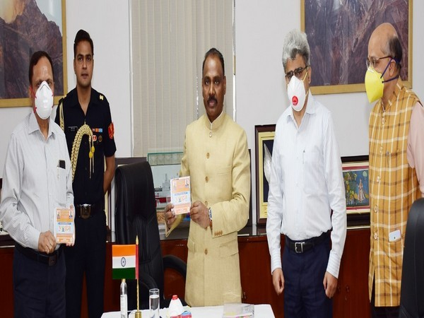 Lieutenant Governor Girish Chandra Murmu on Wednesday inaugurated the Yoga Week-2020.