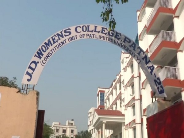 JD Women's College has withdrawn the directive prohibiting wearing of a burqa in classrooms. Photo/ANI