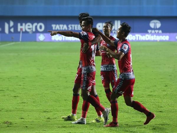 Jamshedpur's Seiminlen Doungel celebrates after scoring against his former team (Image: ISL)