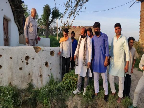 Pakistan Rangers heavily fired at the border village of India last night