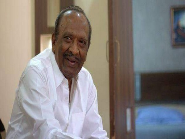Veteran director J Mahendran. Photo: ANI