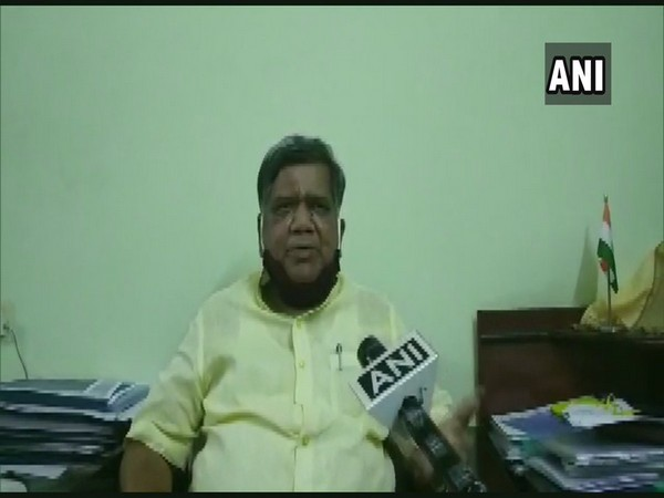 Karnataka Minister of Large and Medium Scale Industries Jagadish Shettar