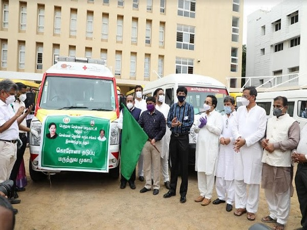 Jain Groups in association with Greater Chennai Corporation Launched 30 Mobile Dispensary Vans in Chennai to conduct health check-ups of residents on spot