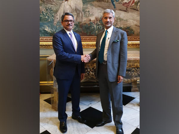 External Affairs Minister S Jaishankar with Bangladesh's Minister of State for Foreign Affairs, MD Shahriar Alam, in London on Wednesday.