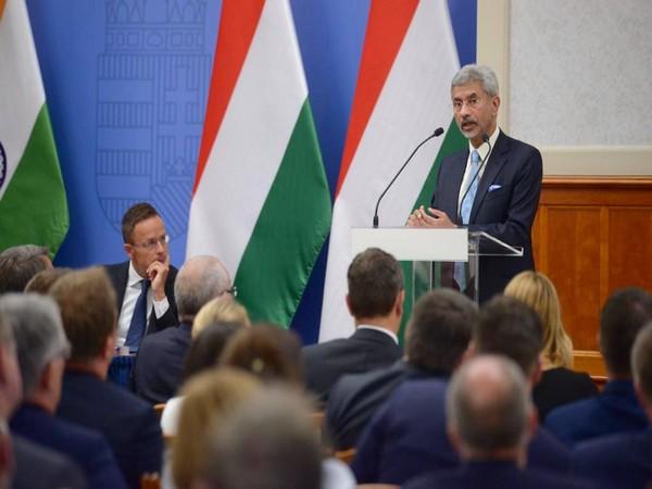 External Affairs Minister S Jaishankar addressing the Hungarian Ambassadors' Conference at the invitation of his Hungarian counterpart Péter Szijjártó on Monday. (Picture Credits: Jaishankar/Twitter)