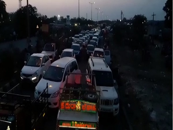 Visuals of traffic jam at Garikapadu check post in Andhra Pradesh