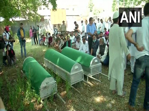 Funeral of Wasim Bari and his two family members held in Bandipora, Jammu and Kashmir on Thursday. (Photo/ANI)