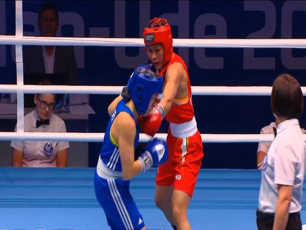 Jamuna Boro (Red) during her quarterfinal match against Ursula Gottlob (Blue). (Photo/Boxing Federation Twitter)