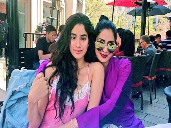 Janhvi Kapoor and Sridevi, Image courtesy: Instagram
