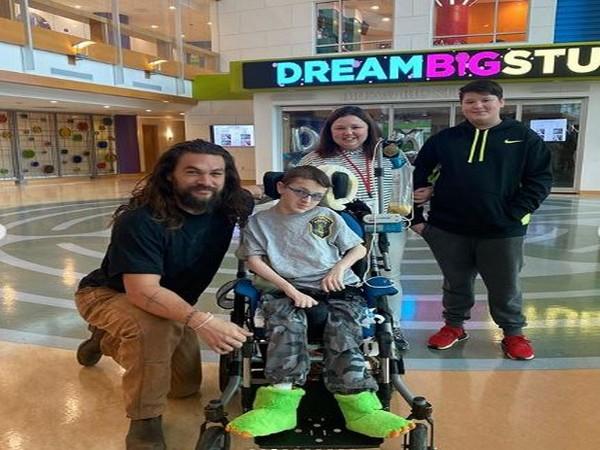American actor Jason Momoa at UPMC Children's Hospital of Pittsburgh (Image courtesy: Instagram)