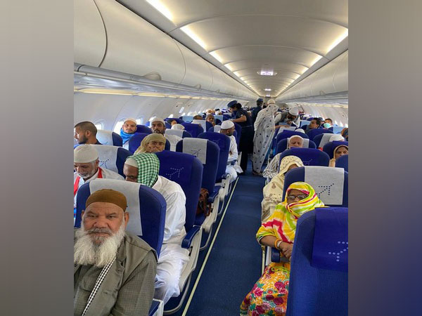 Special Indigo flight carrying 185 Indian pilgrims will reach Mumbai on Thursday (Picture Credits: Indian Consulate General in Jeddah/Twitter)