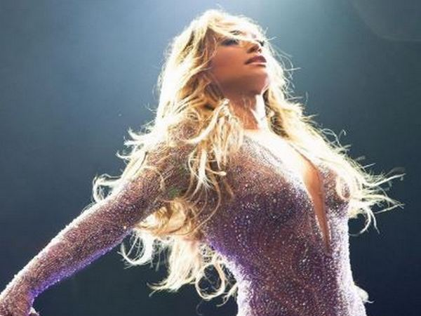 Jennifer Lopez (Image courtesy: Instagram)