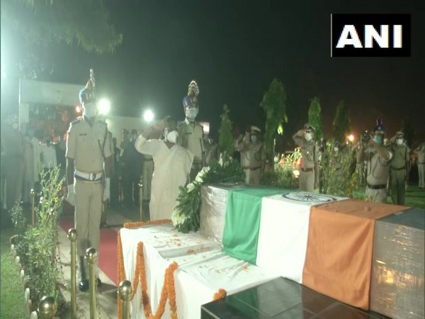 Jharkhand Governor Draupadi Murmu paid tribute to CRPF) jawan Kuldeep Oraon, who lost his life in an encounter with terrorists in Malbagh of Srinagar. (Photo/ANI)