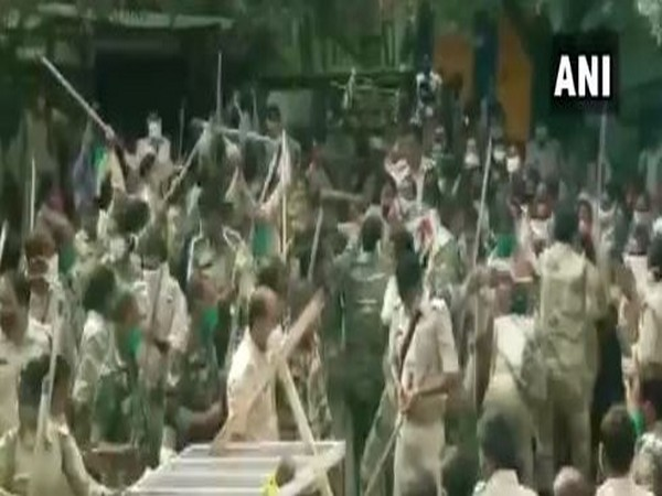 Police lathi-charge after clash broke out between state police and protesting assistant police personnel in Ranchi on Friday. Photo/ANI