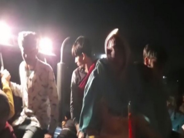 Jind-Chandigarh Highway was blocked by villagers in support of farmers' protest on Thursday night [Photo/ANI]