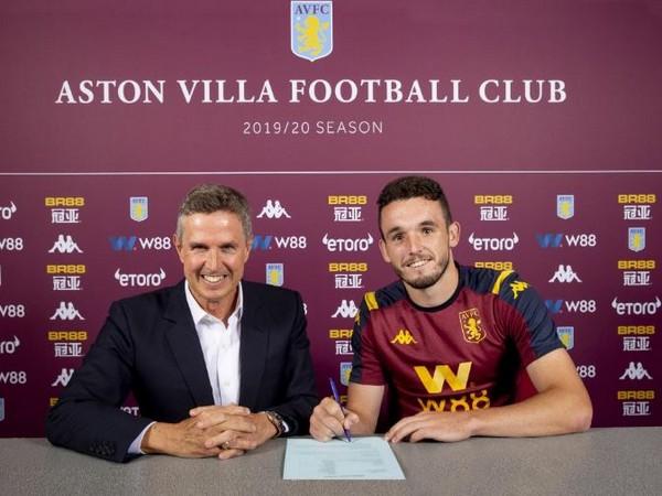 Aston Villa's John McGinn (left) (Photo/ Aston Villa Twitter)