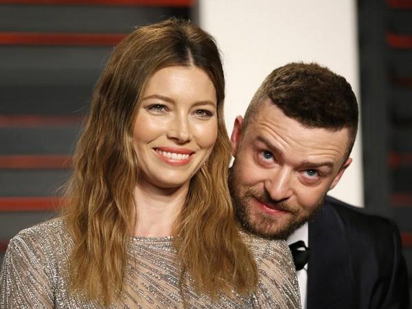 Justin Timberlake and Jessica Biel at the Vanity Fair Oscar Party