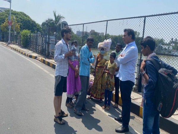 KT Rama Rao arranges vehicle for a family after noticing them on road amid nationwide lockdown