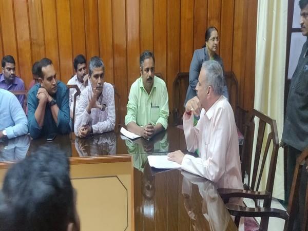 Journalists meeting with Karnataka Assembly Speaker Vishweshwara Hegde Kageri in Bengaluru . Photo/ANI
