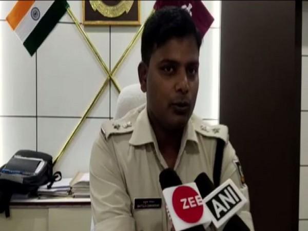Bhawanipatana police inspector B.K.Chhatria sharing details of the raid.