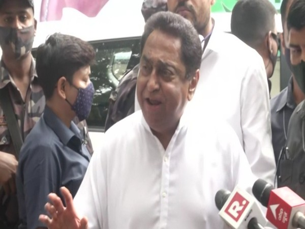 Madhya Pradesh Congress chief Kamal Nath outside TMC office in Delhi. (Photo/ANI)