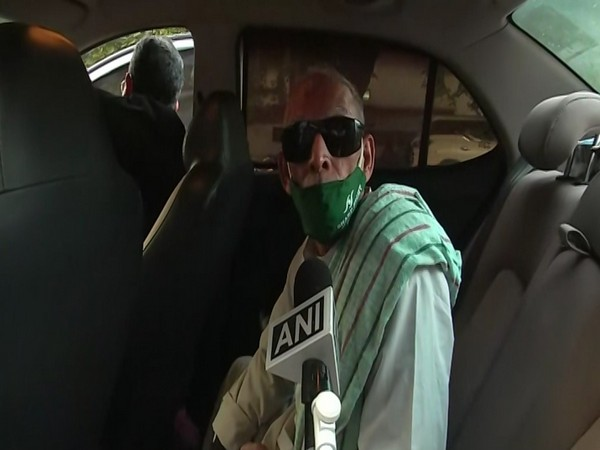 Baba ka Dhaba owner Kanta Prasad speaking to ANI in New Delhi on Friday. Photo/ANI