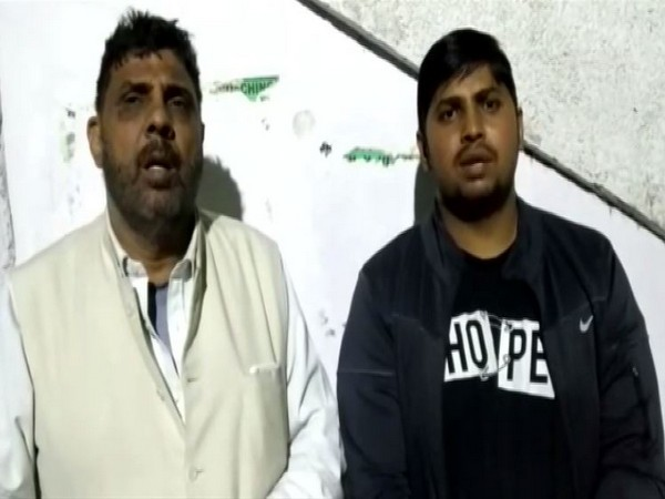 Gaje Singh (left) and Kapil's brother(right)