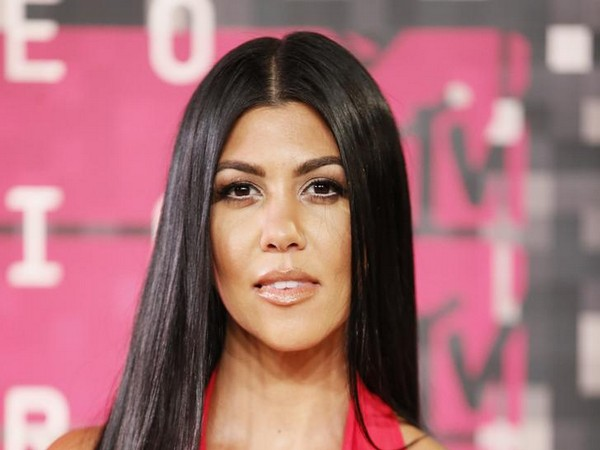 Kourtney Kardashian and Younes Bendjima spotted hand in hand in LA