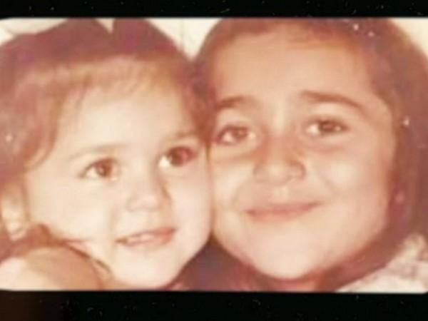 Childhood picture of Karisma Kapoor and Kareena Kapoor Khan (Image Source: Instagram)