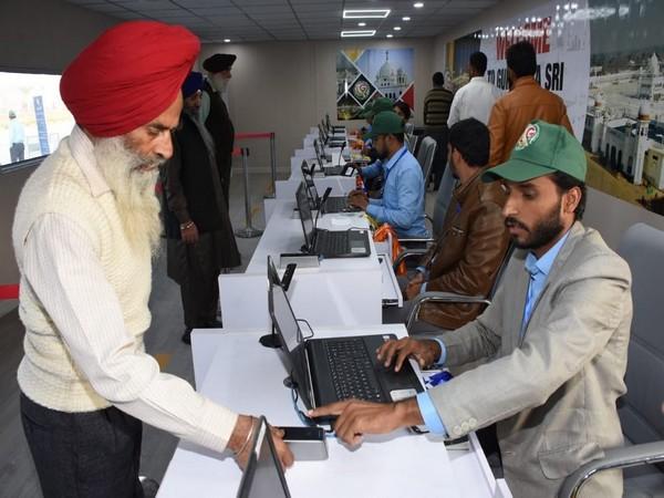 First 'jatha' of Sikh pilgrims from India arrive in Pakistan through Kartapur Corridor.