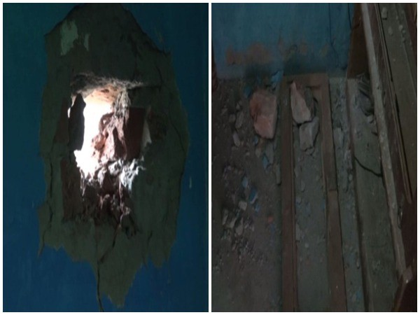 Houses damaged in mortar shelling in Kathua district (Photo/ANI)