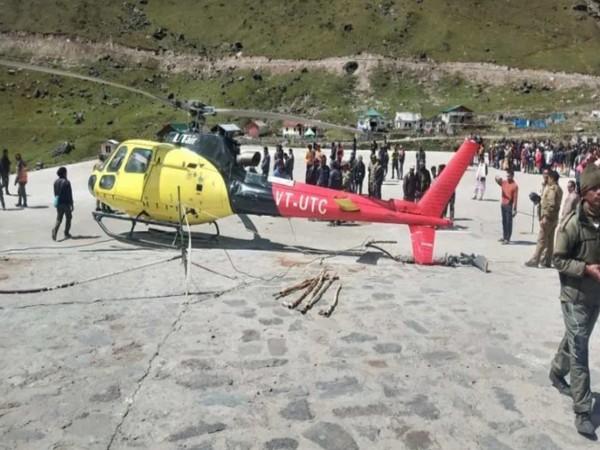 UTair helicopter crash-lands at Kedarnath helipad on Monday.  Photo/ ANI