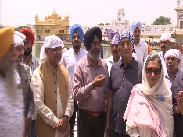 Japanese Ambassador with his wife at Golden Temple