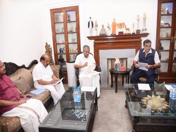 Kerala CM Pinarayi Vijayan and Union Minister for Road Transport and Highways Nitin Gadkari in a meeting on Saturday in New Delhi. (Photo: ANI)