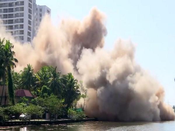 The Golden Kayaloram apartments being demolished in Maradu in Kochi (File Photo)