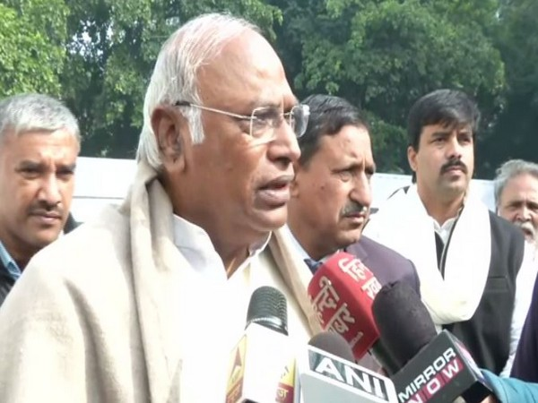 Congress leader Mallikarjun Kharge speaking to reporters in New Delhi on Monday. Photo/ANI