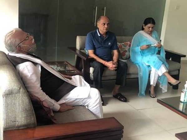Haryana CM ML Khattar with KK Singh and other family members of late Sushant Singh Rajput on Saturday. Photo/ANI