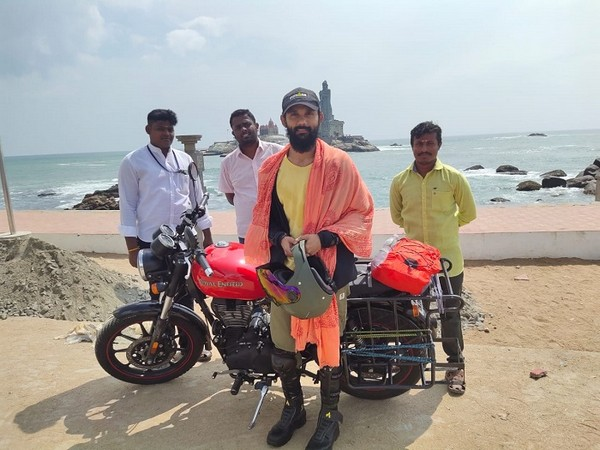 Kiran Chukkapalli, completing the 3-month bike ride at Kanyakumari