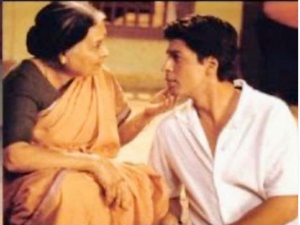 A still from the movie 'Swades' featuring late Kannada actor Kishori Ballal and megastar Sharukh Khan (Image courtesy: Instagram)