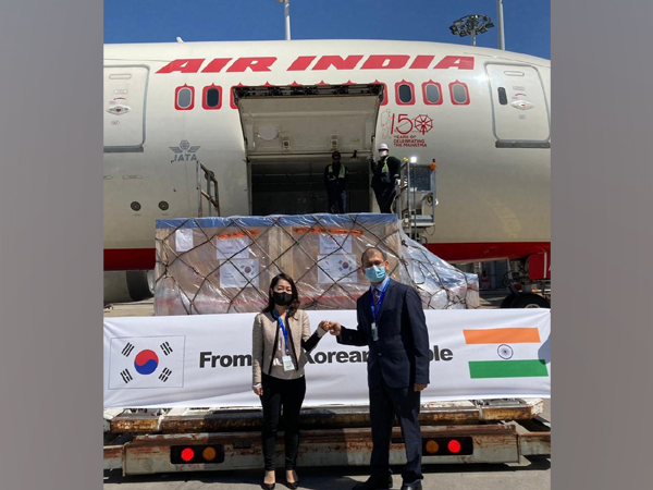 The first consignment of Oxygen cylinders, Concentrators, and Negative pressure carriers departed from Incheon for India on Sunday.