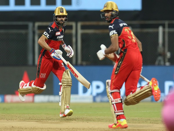Virat Kohli and Devdutt Padikkal (Photo/ IPL Twitter)