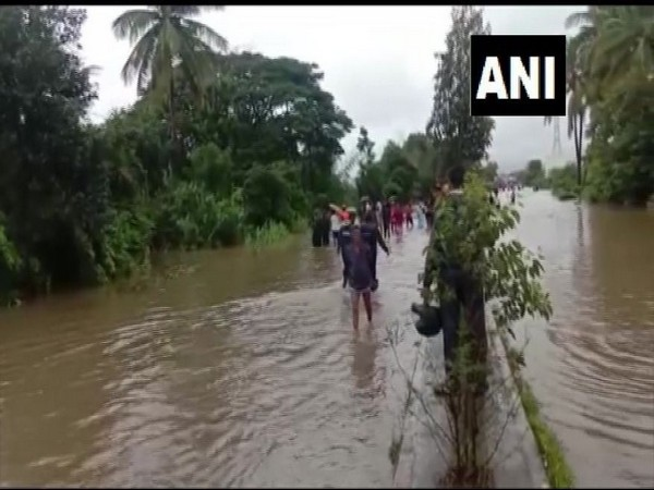 Pune-Bengaluru Highway in Kolhapur's Shiroli area closed on Tuesday due to waterlogging. Photo/ANI