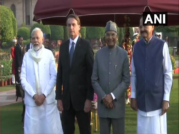 From left: PM Narendra Modi, Brazilian President Jair Bolsonaro, President Ram Nath Kovind and Vice President M Venkaiah Naidu during 'AT Home' reception at Rashtrapati Bhavan on Sunday. Photo/ANI
