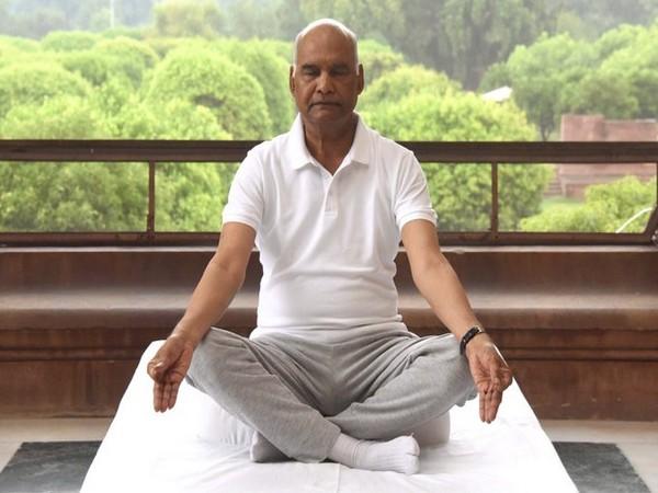 President of India Ram Nath Kovind performs asanas on International Yoga Day on Sunday. [Photo curtsy President Ram Nath Kovind Twitter handle]