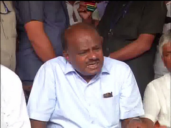 Karnataka Chief Minister HD Kumaraswamy speaking to media in Mandya on Tuesday (Photo/ANI)