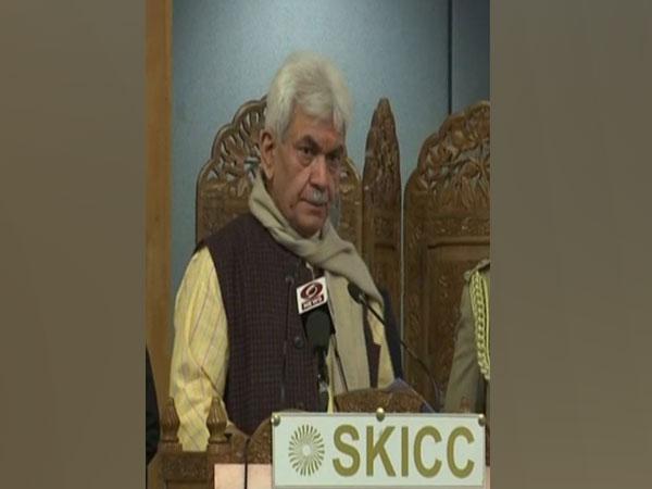 Jammu and Kashmir Lieutenant Governor Manoj Sinha addressing national symposium in Srinagar on Thursday. (Photo/ANI)